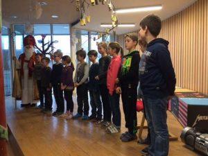 Der Nikolaus und die Klasse 4b