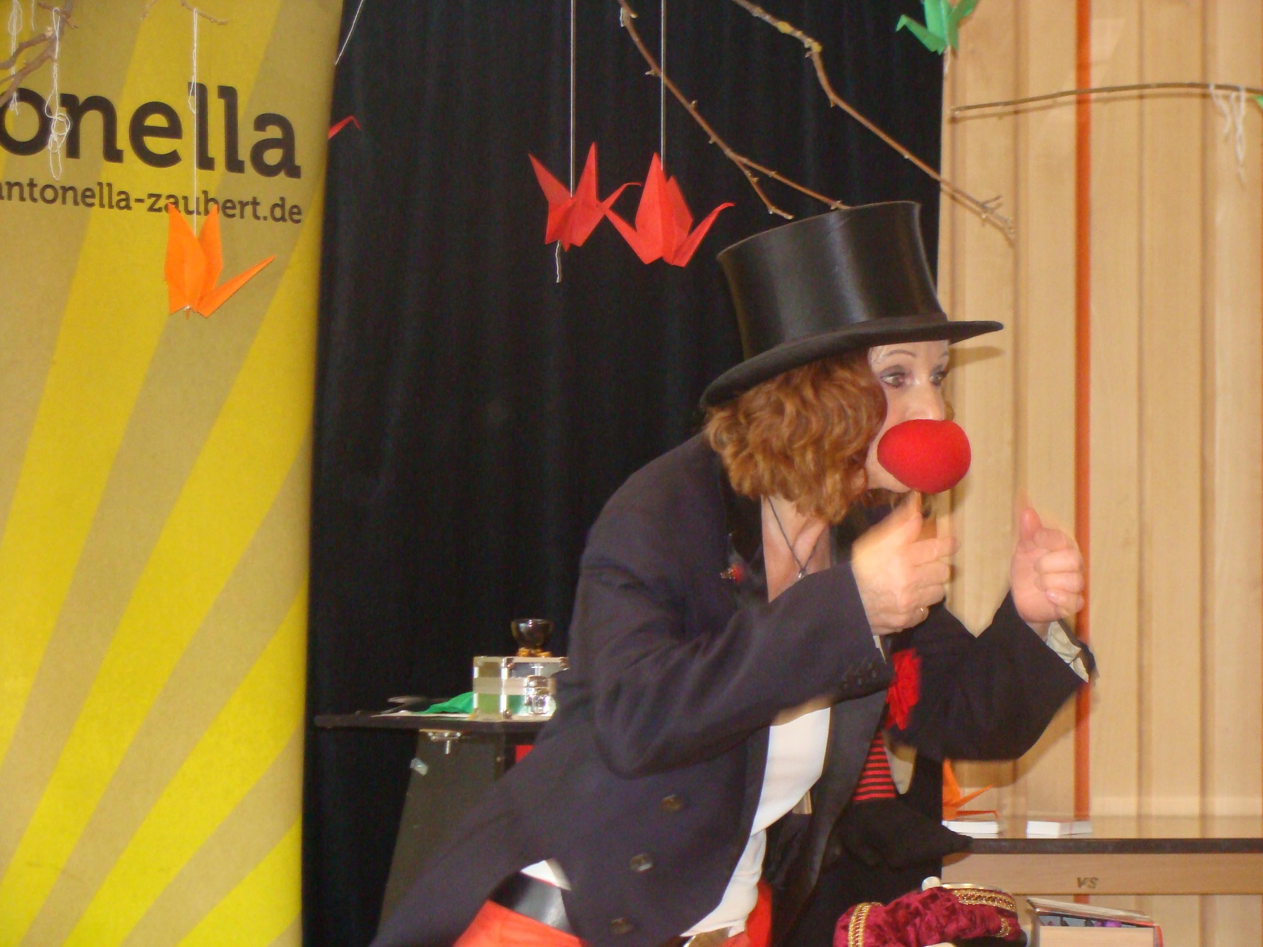 Grundschule Moosthenning ganz im Zauber Antonellas